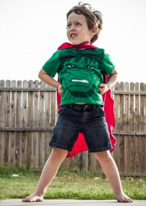 Vigile a su hijo cuando juegue con su amigo imaginario: así sabrá más de su psicología infantil.
