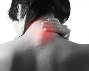 El dolor de cuello puede volverse crónico por distintas razones.