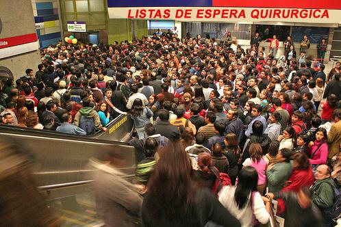 http://porquedoctor.com/wp-content/uploads/2013/12/listas_espera_quirurgica.jpg